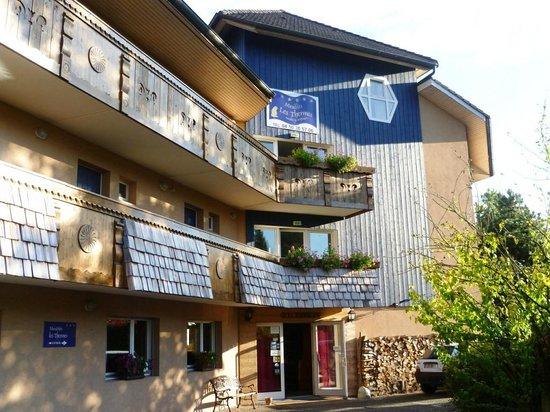 Coté Chalet Résidence Hostel Lounge : Accueil