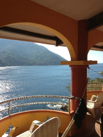 Casa Bahia Bonita :                   Million Dollar Balcony View!