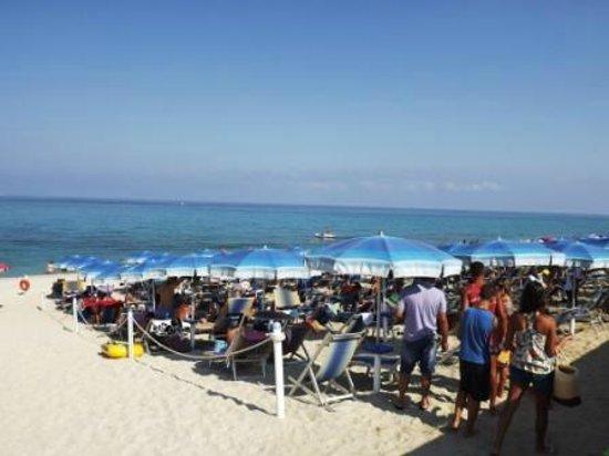 Hotel Scoglio del Leone:                   spiaggia senza pedana