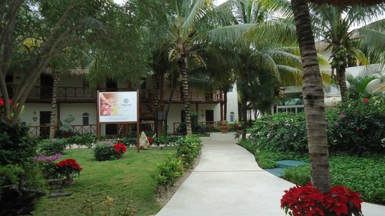 El Dorado Maroma, a Beachfront Resort, by Karisma:                   Walkway to Spa