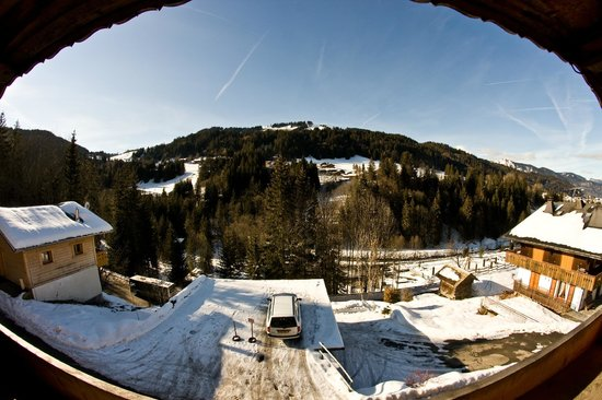 Riders Refuge - Chalet Emile : Views across to Le Pleney