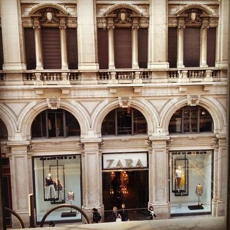 UNA Maison Milano:                   vista dalla camera