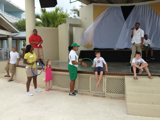 Beaches Ocho Rios Resort & Golf Club:                   Playing games with Chloe and Yanke!