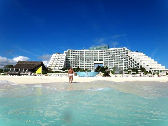 1st night at siete 39 s nice picture of live aqua beach resort cancun cancun tripadvisor for How many rooms at live aqua cancun