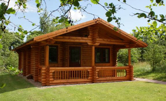 Felmoor Park: Luxury Log Cabins