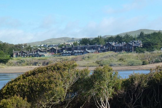 Bodega Bay Lodge:                   View of resort