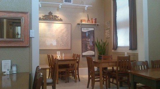Yvette Moore Fine Art Gallery:                   Cafe