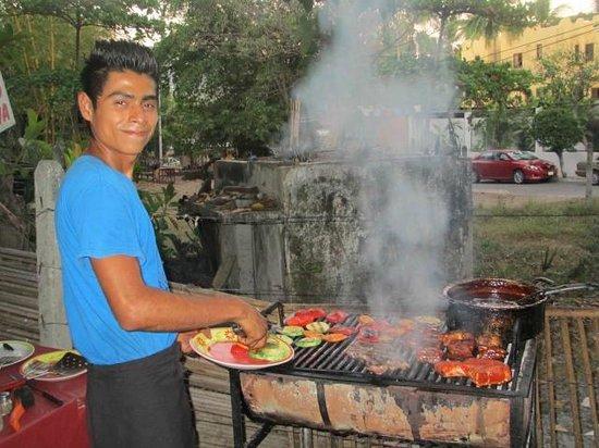 Rufo's Grill:                   The BBQ Hombre