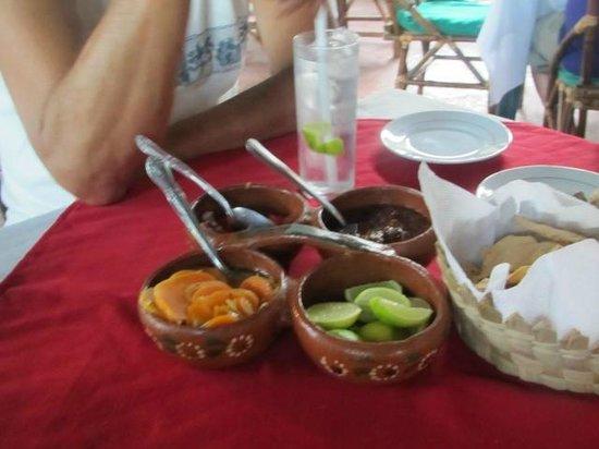 Rufo's Grill:                   Bocas