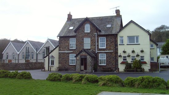 The Teifi Netpool Inn