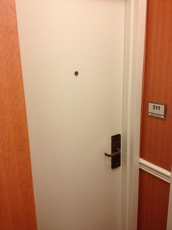 La Quinta Inn Manhattan:                   porta camera