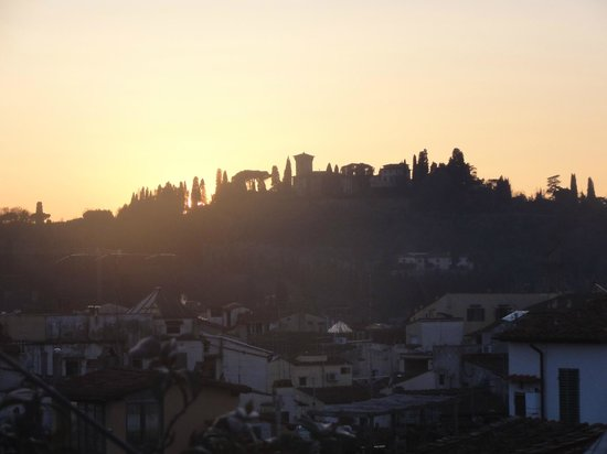 Florence Old Bridge B&B:                                     Sunset from roof terrace
