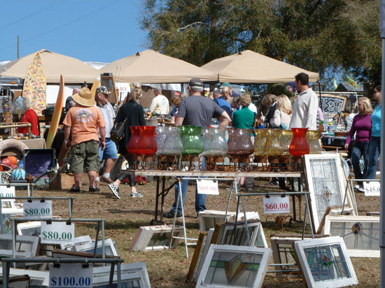 Mount Dora, FL: Special Antique Shows