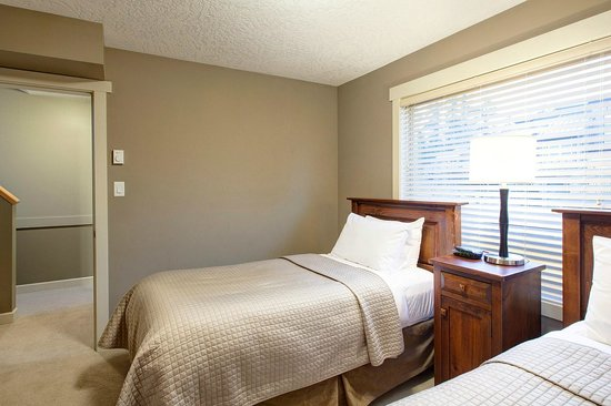 Sooke Harbour Resort and Marina: Bedroom 3