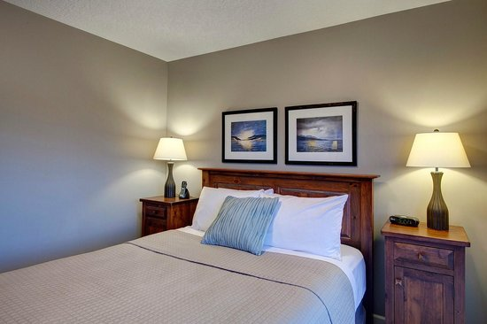 Sooke Harbour Resort and Marina: Bedroom 2