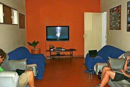 Hostel Kasa Guane:                   Rooftop common area TV room