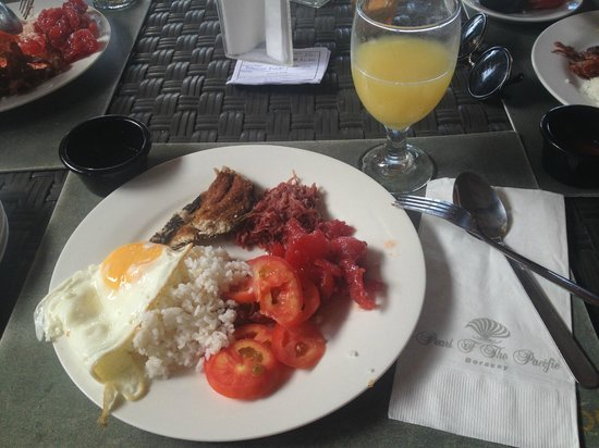 Pearl of the Pacific Boracay Resort & Spa:                   tyipcal filipino breakfast buffet