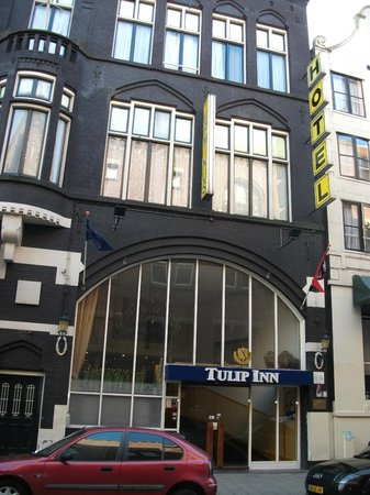 Tulip Inn Amsterdam Centre:                   Hotel entrance