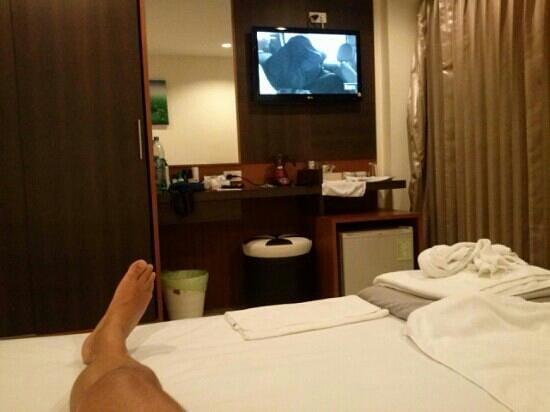 """Suite Dreams Hotel:                   Camera standard """" Visione dal letto """""""