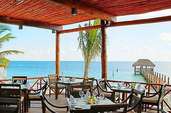 Azul Beach Hotel:                   pool