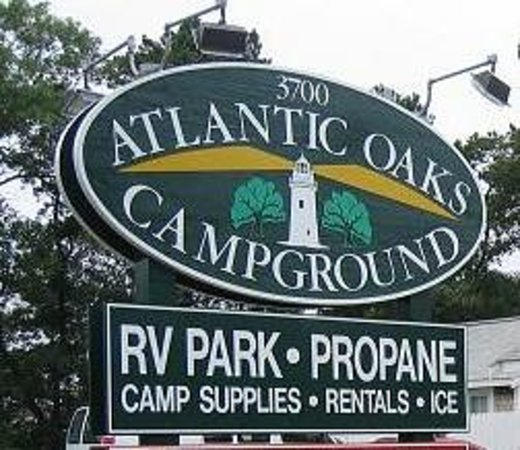 Atlantic Oaks Campground: Entrance Sign