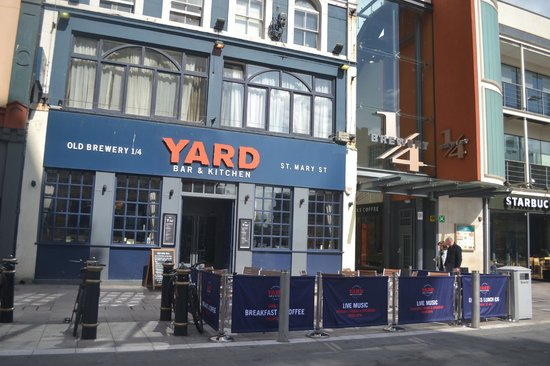 The Yard Bar & Kitchen