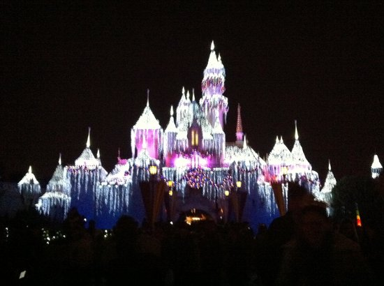 disneyland park the castle during christmas time - Disneyland Christmas Time