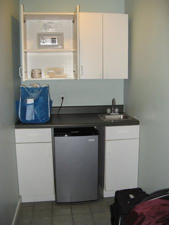 Albury Court Hotel in Key West:                   Fridge, wet bar, cabinets & safe.