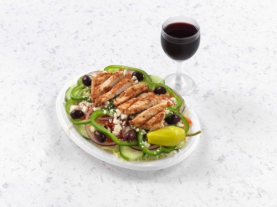 Mythos Grill: Greek Salad with Grilled Chicken