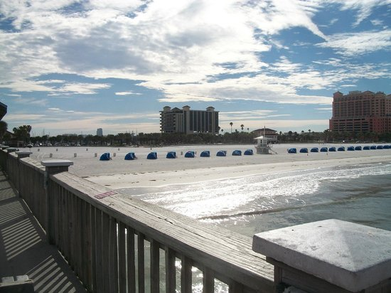 Magnuson Hotel Clearwater Beach:                   View from Clearwater Beach pier