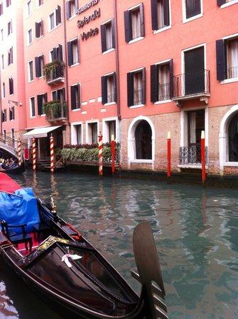 Starhotels Splendid Venice:                                                       A splendid Venice hotel indeed