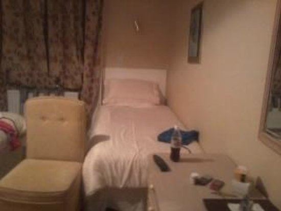Ardagh House:                   Bed