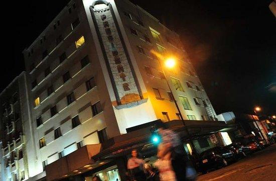 Hotel Presidente:                   fachada
