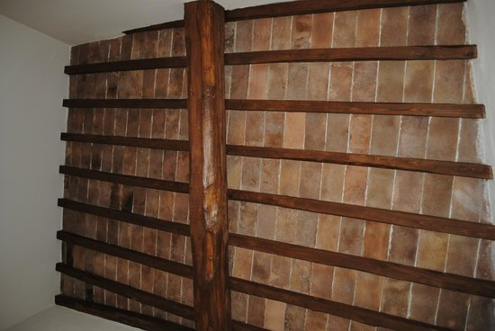 Casa Mastacchi:                   Il bellissimo soffitto della camera