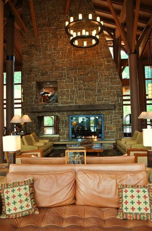 Alderbrook Resort & Spa:                                     Lounge