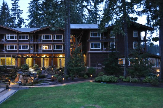 Alderbrook Resort & Spa :                                     Evening