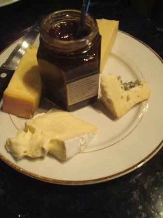 Season Tours:                   Cheese & Jam Plate