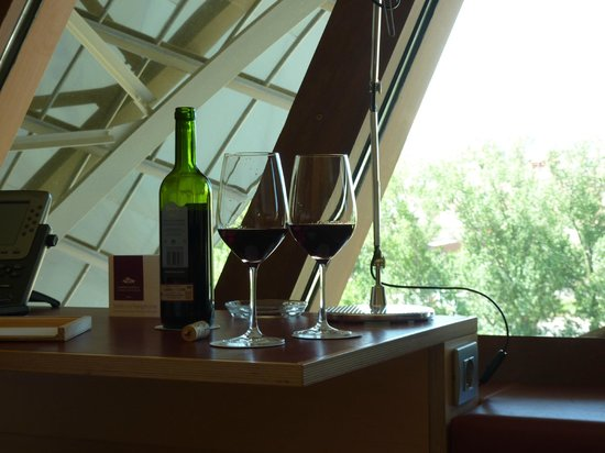 Hotel Marques de Riscal a Luxury Collection Hotel:                   Wine that came with room