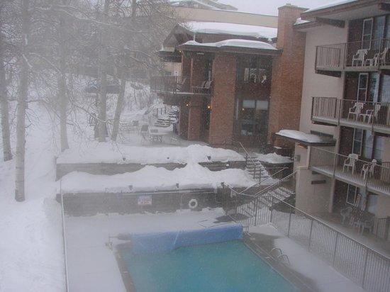 Snowmass Mountain Chalet:                   hotel en pista