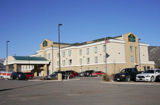 La Quinta Inn & Suites Ely :                   This is what it looks like, the typical La Quinta Inn except in ELY!