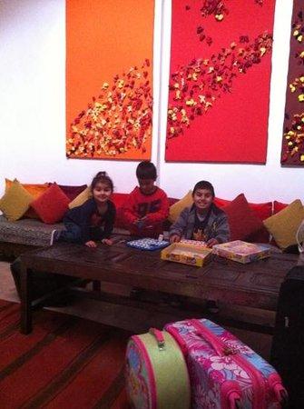 Riad El Az:                   living room