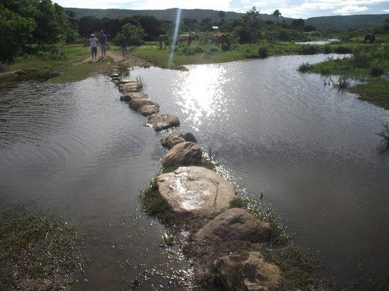 Santana do Riacho, MG:                   caminho das pedras