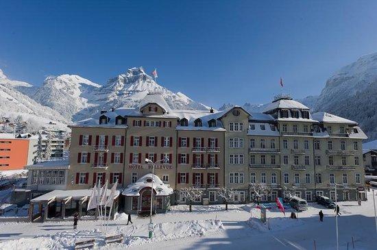 Hotel Bellevue-Terminus :                   hotel grounds