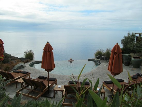 Post Ranch Inn:                   One of the infinity pools
