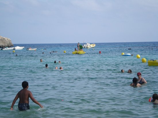 Hotel Pinos Playa:                   As crowded as it gets - mid morning