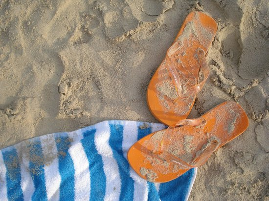 Hotel Pinos Playa:                   Beached