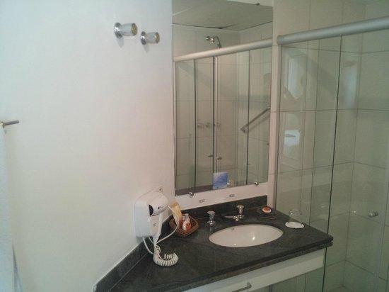 Quality Suites Oscar Freire:                   Banheiro