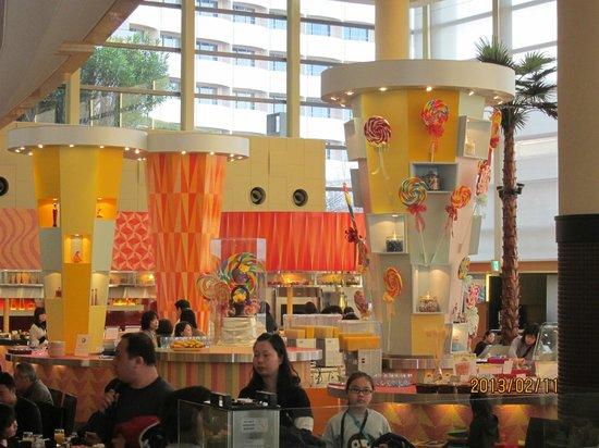 Sheraton Grande Tokyo Bay Hotel:                   自助餐吧