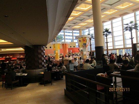 Sheraton Grande Tokyo Bay Hotel:                   早餐也可以在這吃,只是要早一點排隊