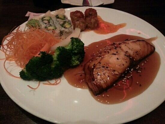 Samurai's Cuisine:                   Teriyaki Broiled Salmon Bento Lunch
